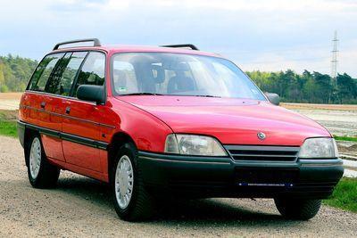 Omega A Caravan 2.0 I  GL