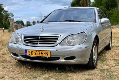 S320 Sedan 2000
