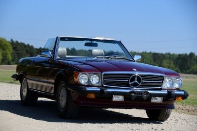 Mercedes-Benz 560 SL Convertible