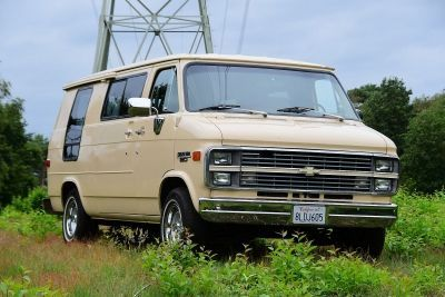 Chevrolet G20 Conversion Van V8