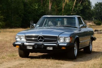 Mercedes-Benz 380 SL Convertible (W107)