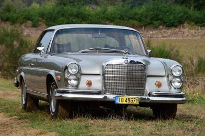 Mercedes-Benz 280 SE Coupe (W111) Hochkuhler