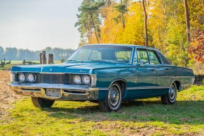 Mercury Parklane Hardtop Sedan