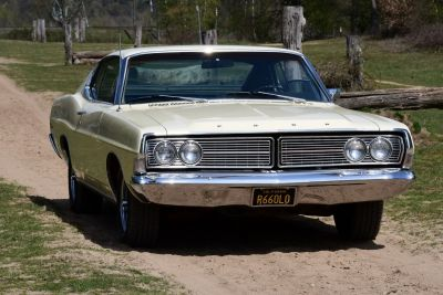Ford Galaxie 500 FASTBACK V8